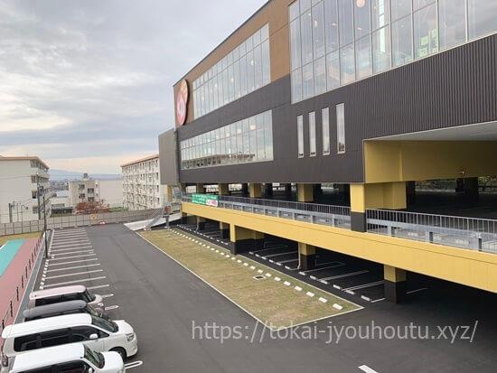 RAKU SPA GARDEN 名古屋の駐車場混雑