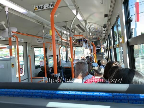 名古屋市バスの車内
